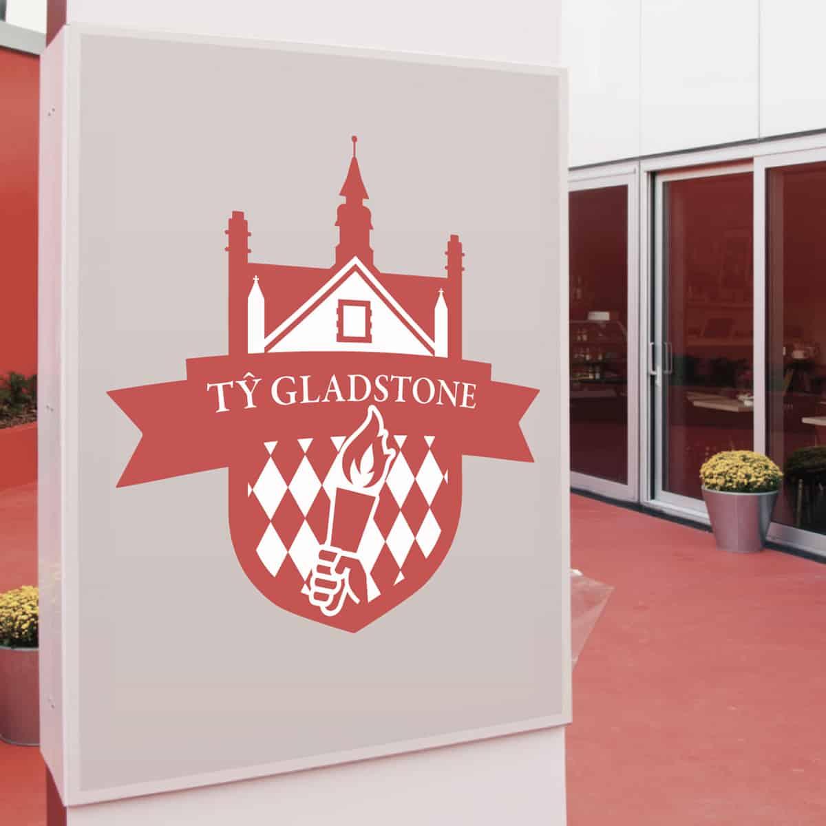 house-logo-high school-secondary school-oxfordshire-design-logo-great-modern-clean-red