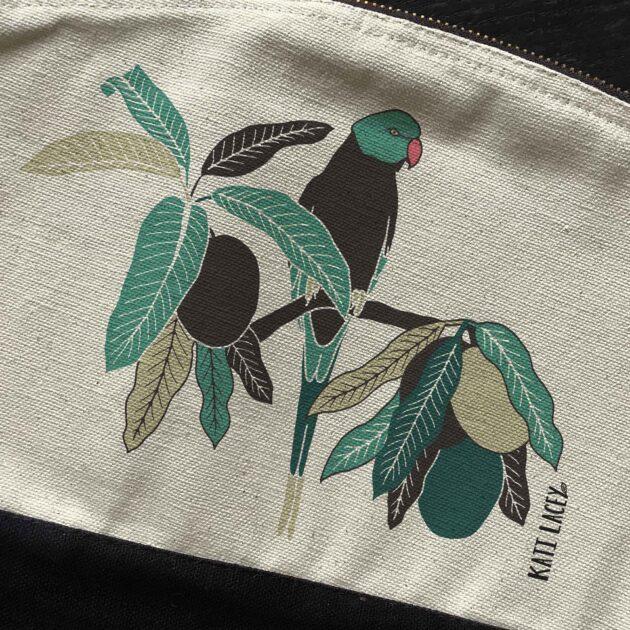 Parakeet on pouch-washbag-toiletry bag-pencil case-make up bag-storage bag for travel-medication bag-luxury
